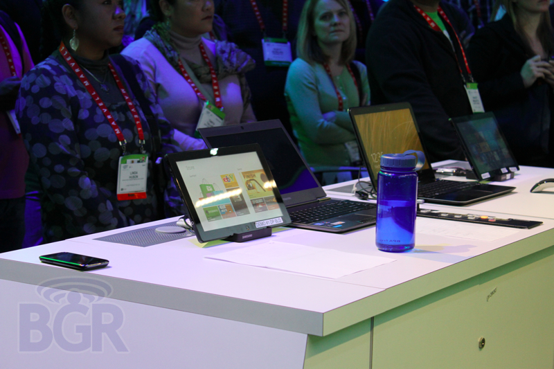 microsoft-booth-tour-ces-20129