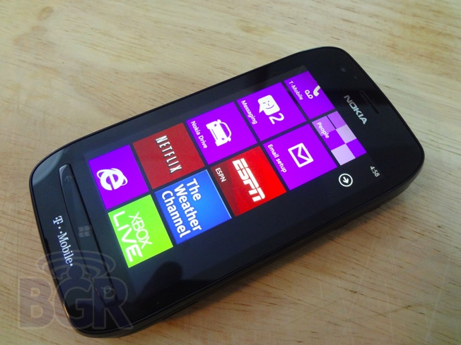 nokia-lumia-710-review