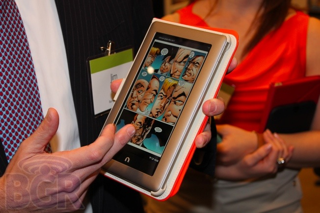Nook Tablet Kindle Fire Market Share