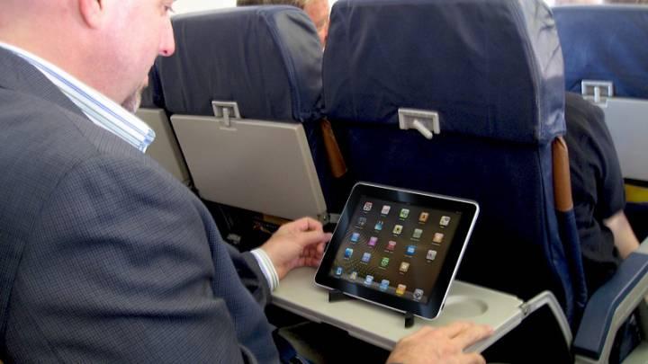 In-Flight Wi-Fi Hack