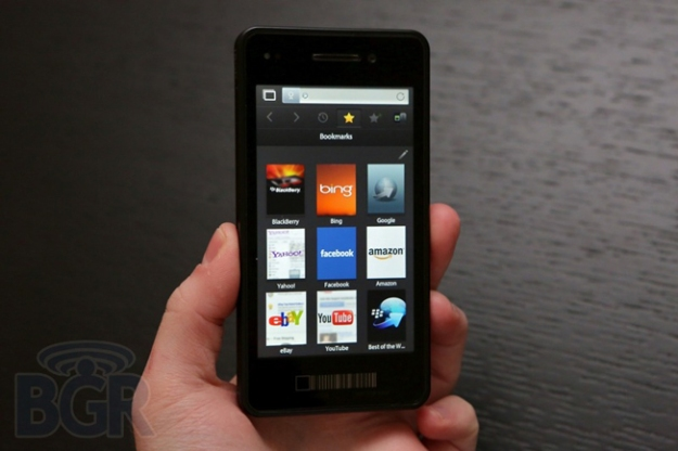 BlackBerry 10 First Smartphone No Keyboard