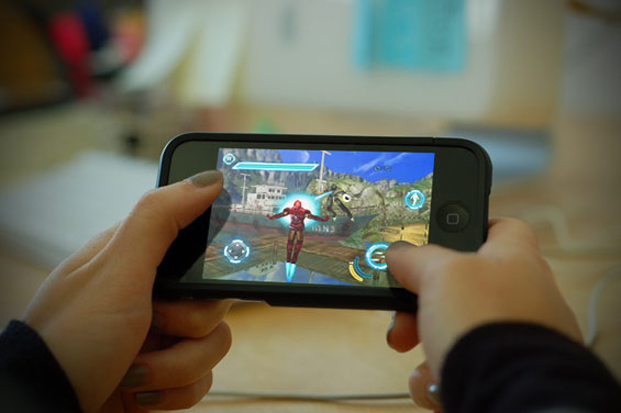 Mobile Gaming Handheld Devices Study
