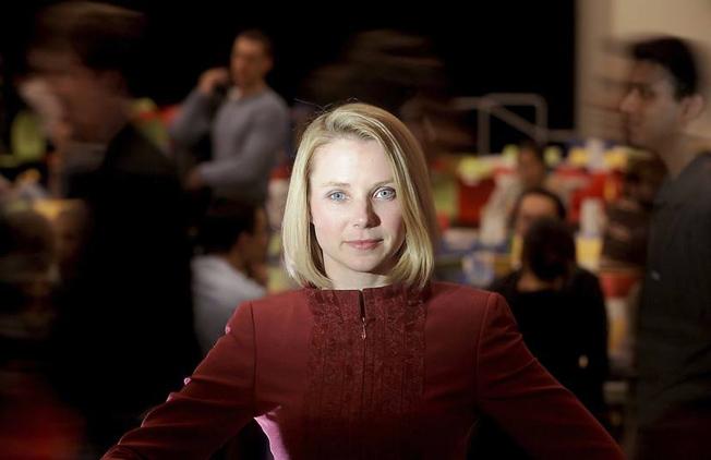 Yahoo CEO Mayer Praise
