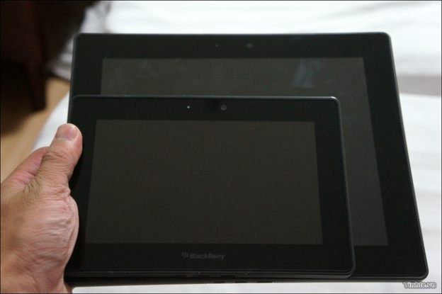 BlackBerry PlayBook 2 Photos