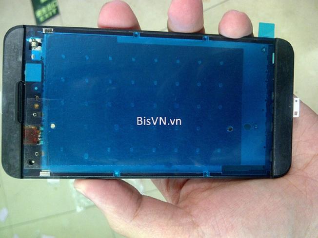 BlackBerry London Teardown