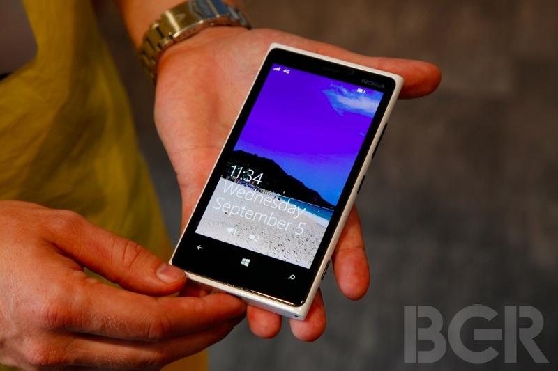 bgr-lumia-920-820-4