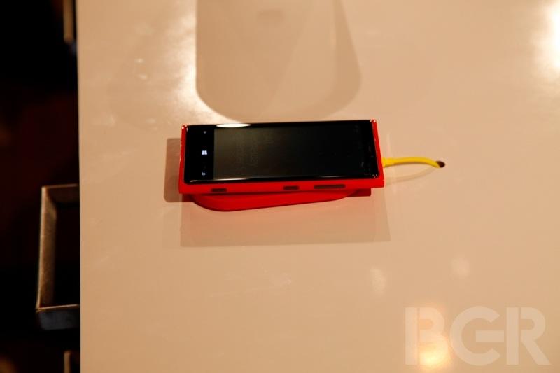 bgr-lumia-920-820-9