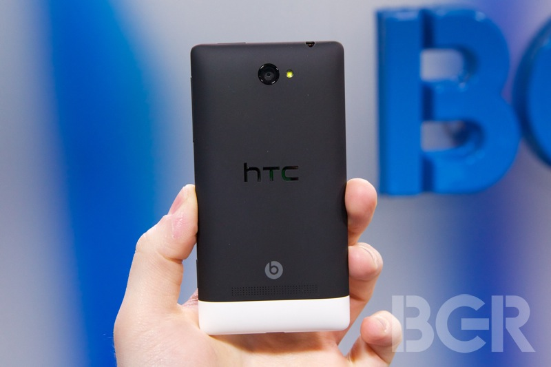 htc-windows-phone-8x-11