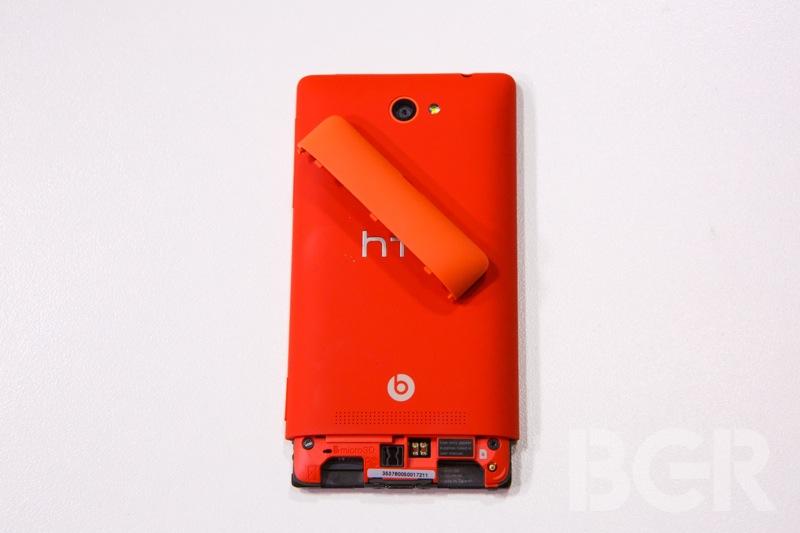 htc-windows-phone-8x-15