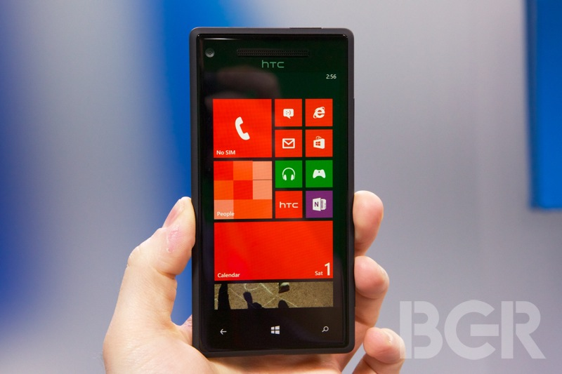 htc-windows-phone-8x-3