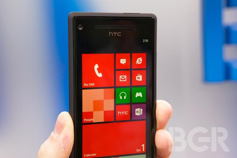 htc-windows-phone-8x-4