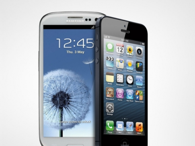 iPhone 5 Galaxy S III Comparison