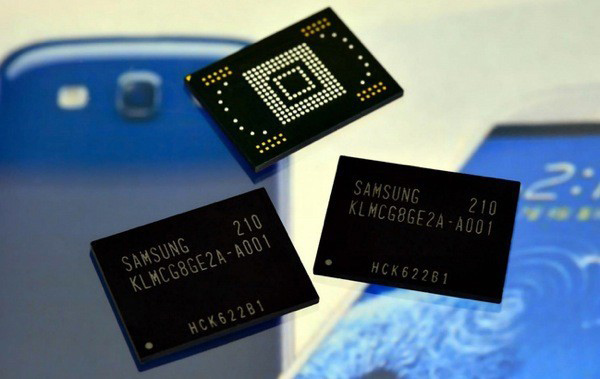 Samsung 128GB Flash Storage