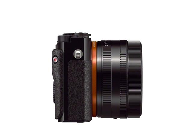 sony-dsc-rx1-full-frame-camera-2