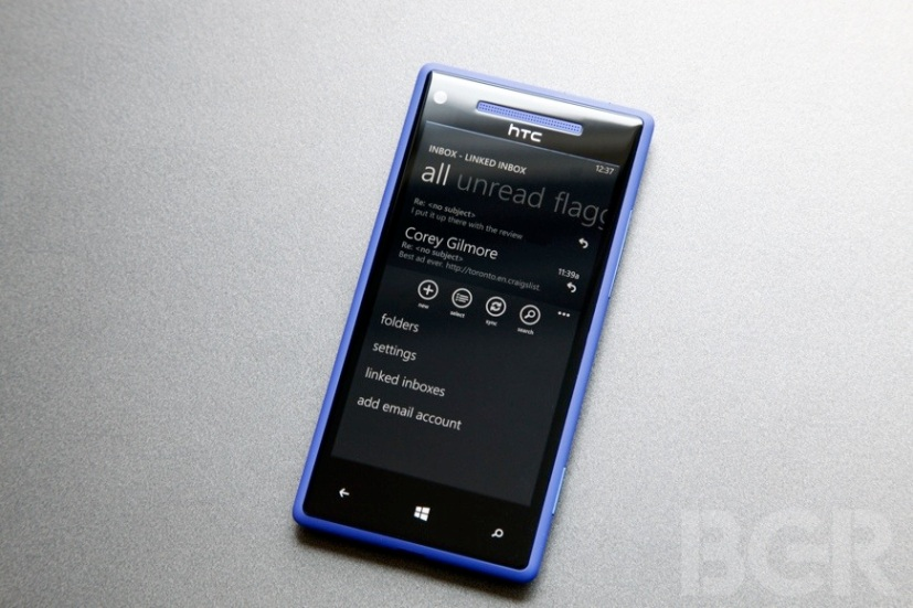 BGR-HTC-Windows-Phone-8X-11