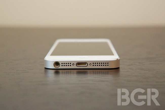 iPhone 5 Demand Weak
