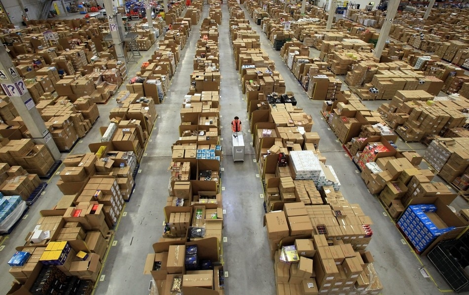 Largest Amazon Warehouse Amazon Warehouse an Inside