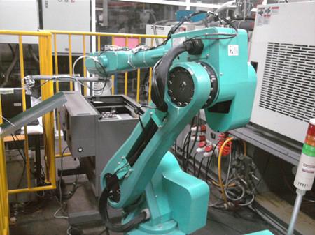Foxconn Robots Arrive