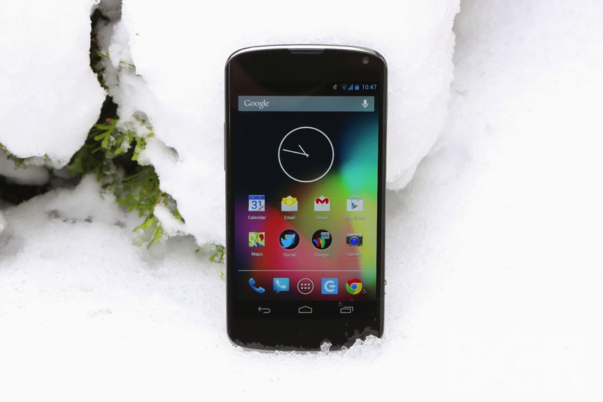 Google Nexus 4 Sells Out In UK