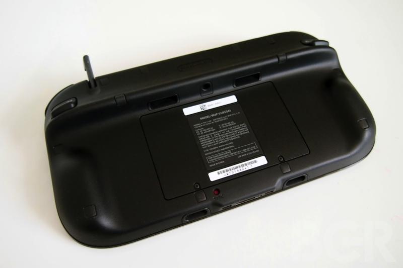 nintendo-wii-gamepad-11