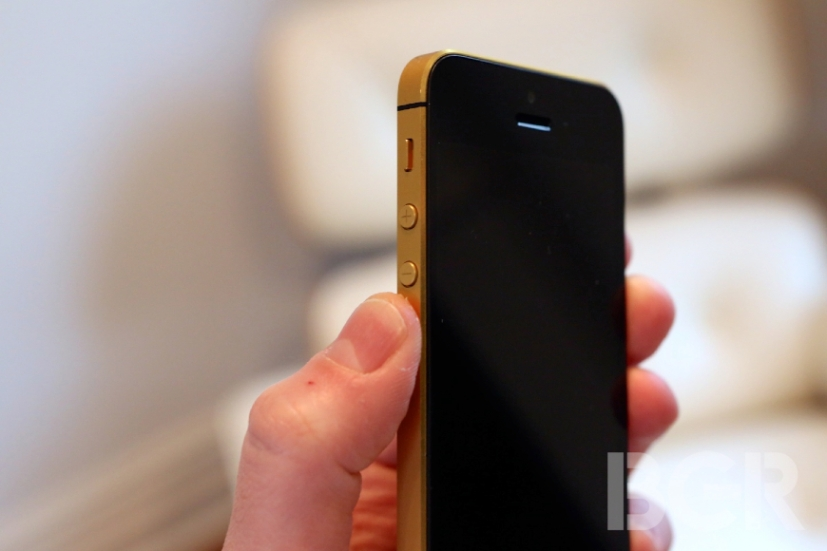 iPhone-5-Gold-1