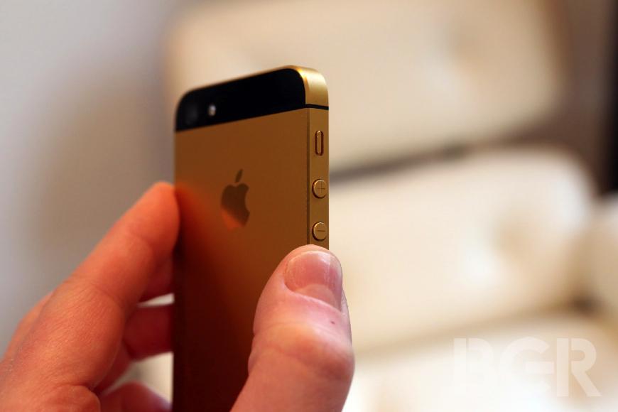 Apple Recycling Program 40 Million Gold