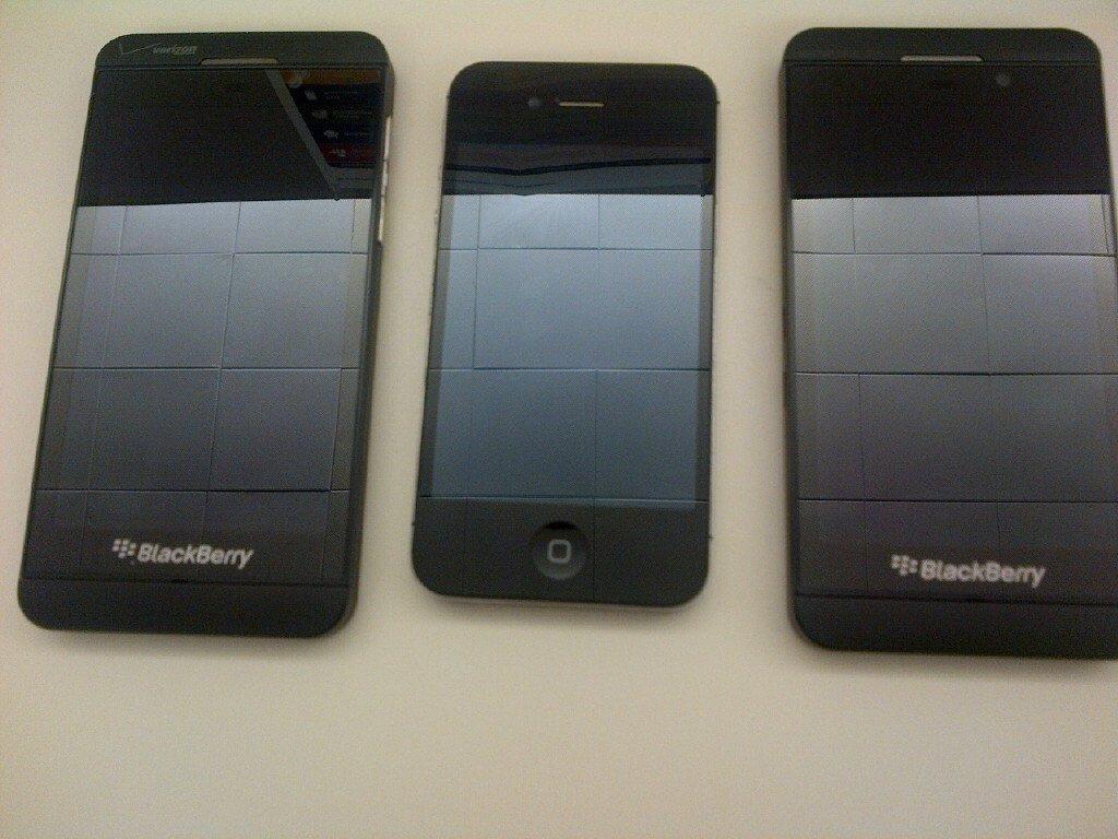 Leaked BlackBerry Z10 Images