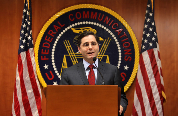FCC Chairman Julius Genachowski Resigns