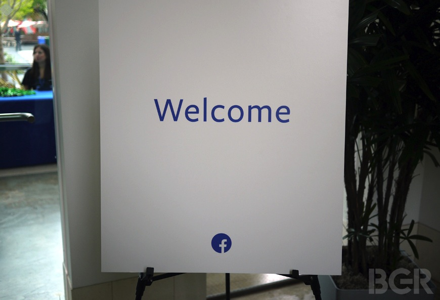 Facebook Home Liveblog