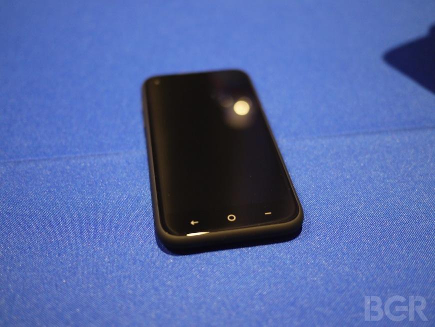 HTC First M4