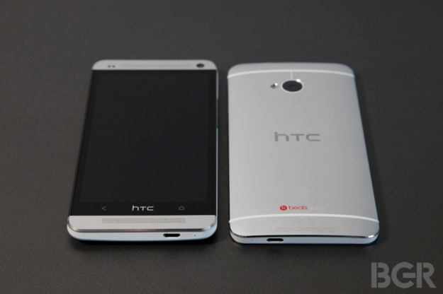BGR-htc-one-review-2