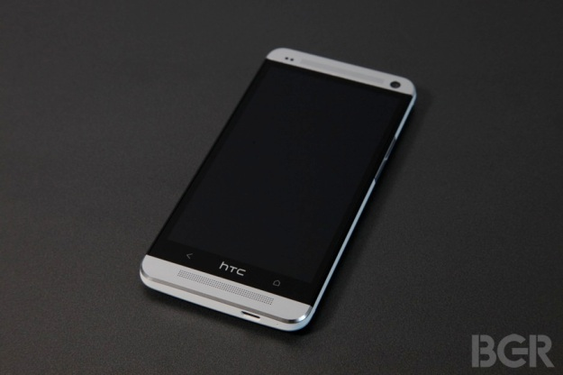 BGR-htc-one-review-6