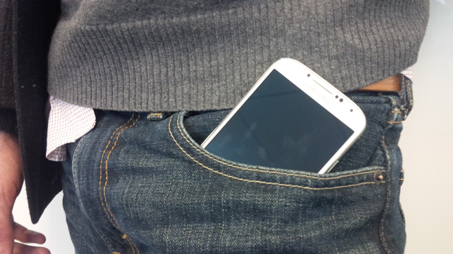 iPhone 6 Plus Jeans Pockets