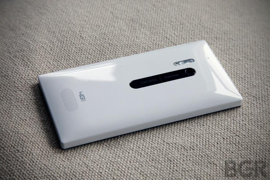 Nokia Lumia Vs BlackBerry