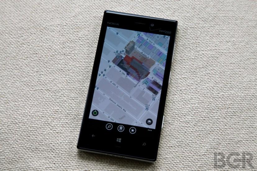 BGR-nokia-lumia-928-4