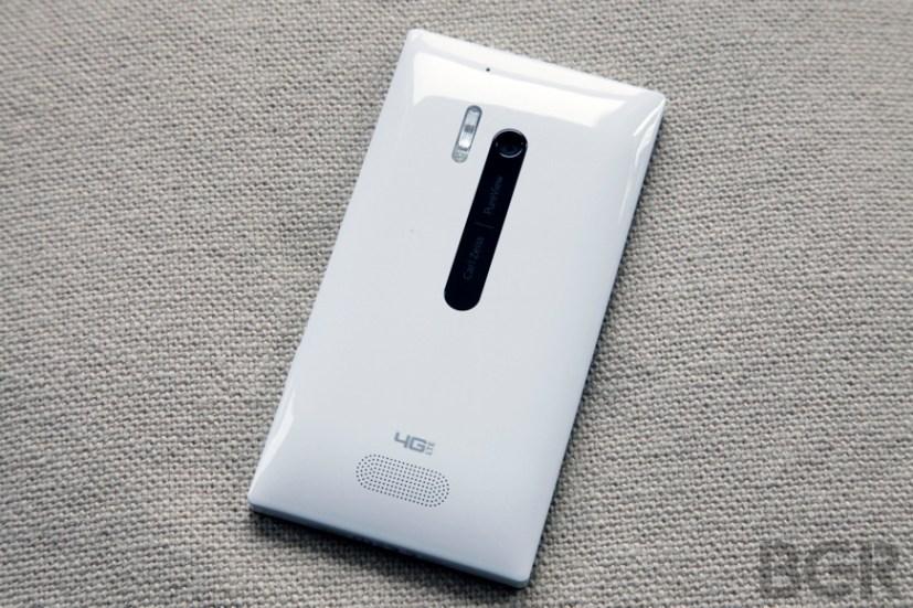 BGR-nokia-lumia-928-5