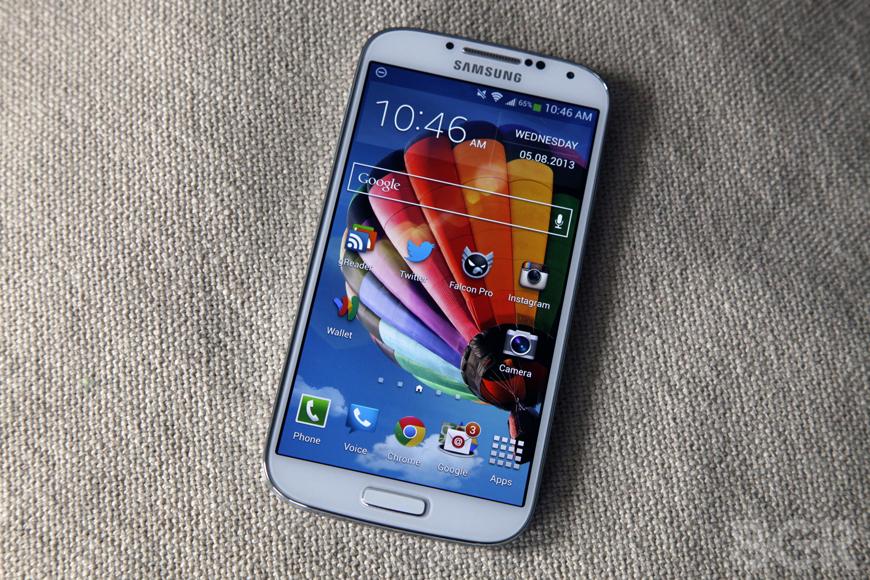 BGR-Samsung-Galaxy-S4-review-1