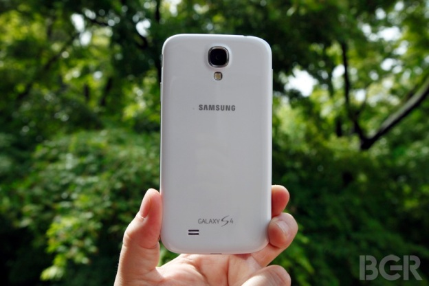 BGR-Samsung-Galaxy-S4-review-6