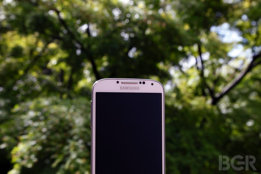 Samsung Galaxy S4 Sales Slow