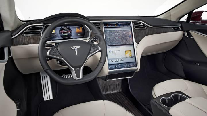 Tesla Autopilot Failure Viral Videos