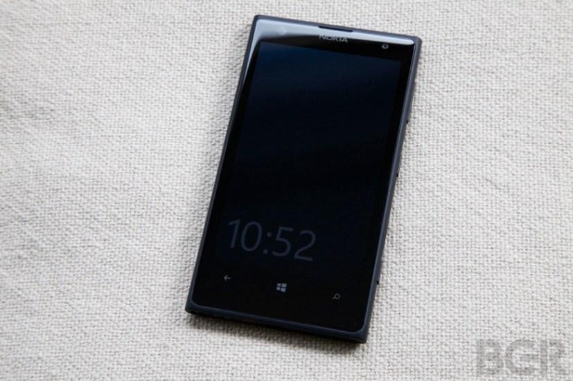 BGR-Nokia-Lumia-1020-1