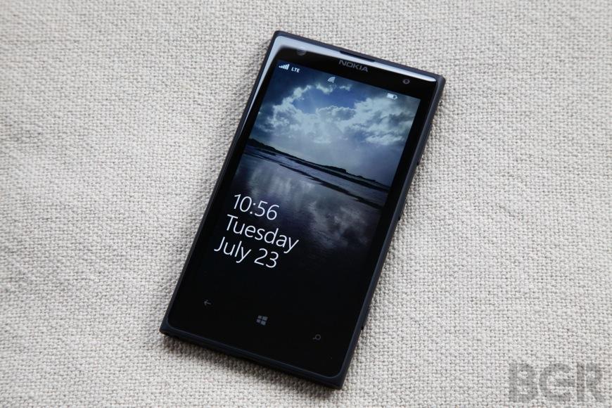 BGR-Nokia-Lumia-1020-10