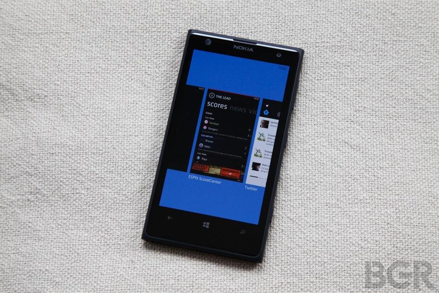 BGR-Nokia-Lumia-1020-14