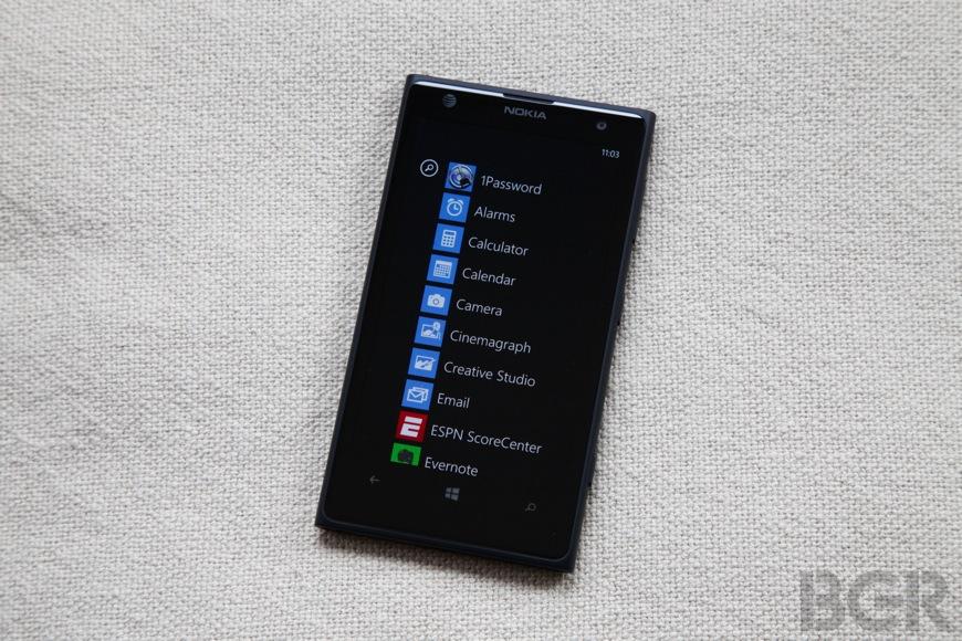 BGR-Nokia-Lumia-1020-15