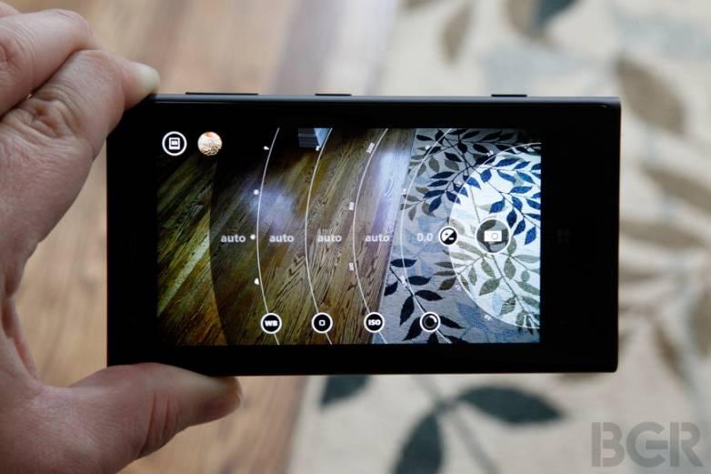 Nokia Lumia 1020 Sales Analysis
