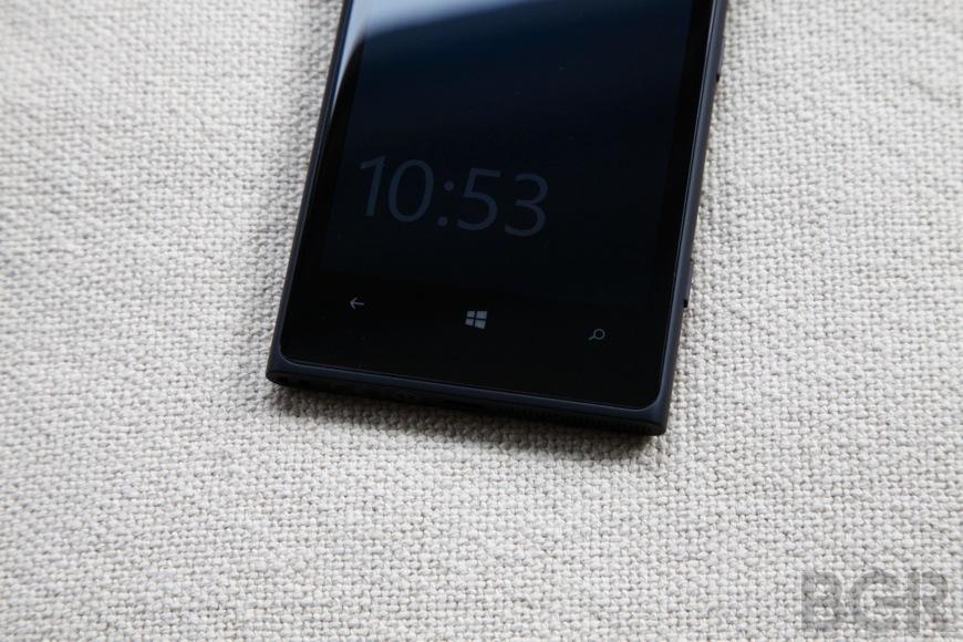 BGR-Nokia-Lumia-1020-2