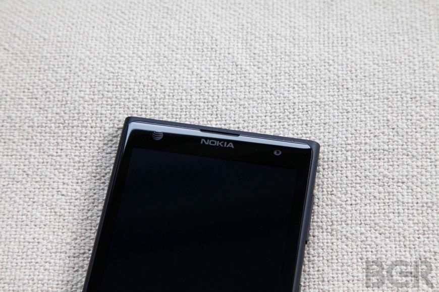 BGR-Nokia-Lumia-1020-3