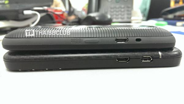 BlackBerry-9720-14