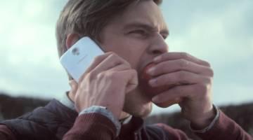 Samsung vs Apple Creative Ads