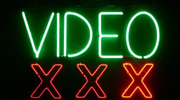 UK Porn Censorship Plan Criticism
